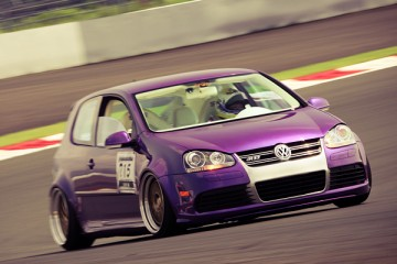 VW Golf R32 Stance Flush Fitment