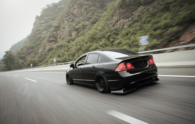 Stanced & Flush Honda civic Sedan (1)