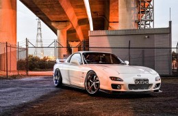 Clean & Fitted Mazda RX7 (2)