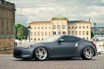 Slammed & Fitted Nissan 370Z