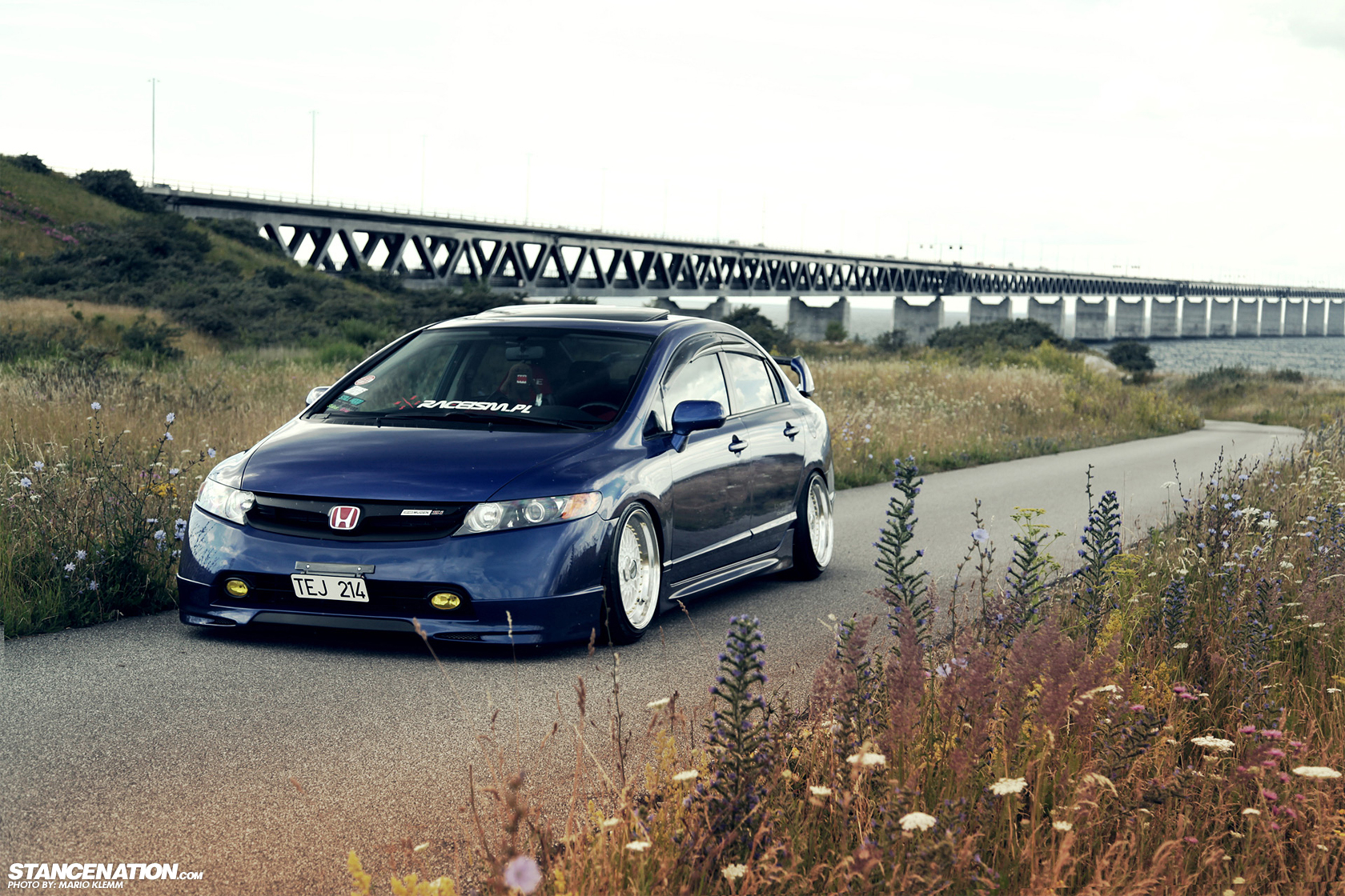 bagged honda civic si