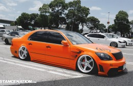 Slammed VIP Toyota Celsior UCF31 (1)