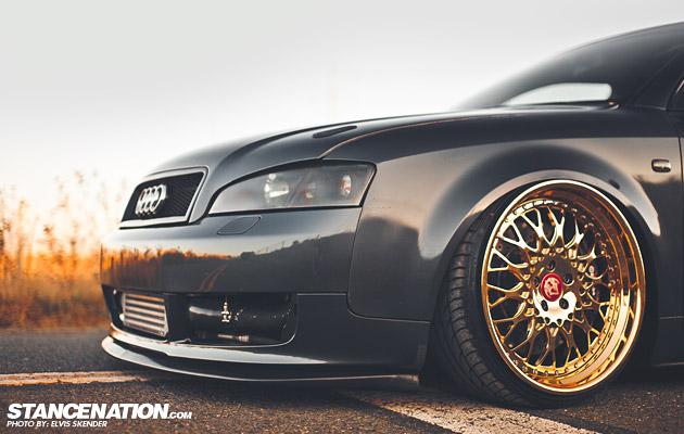 Gold VIP Modular Audi A4 (1)