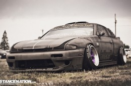 Slammed Japanese Nissan Silvia (1)