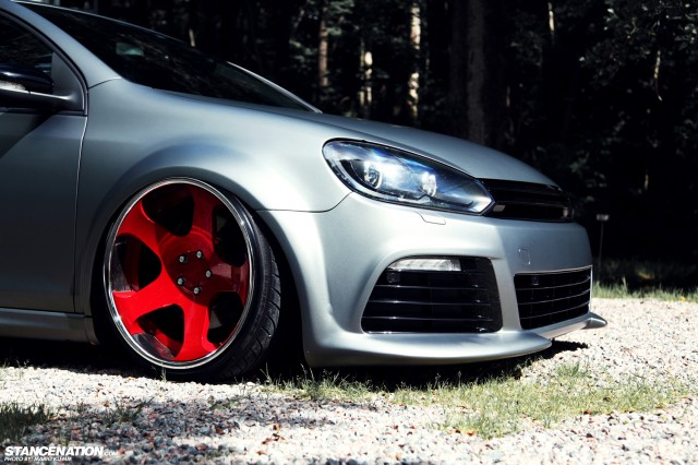 Stanced Volkwagen Golf GTI (16)