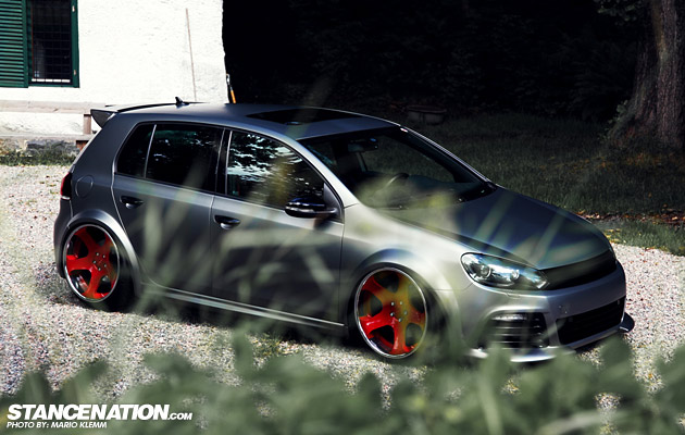 Stanced Volkwagen Golf GTI (2)