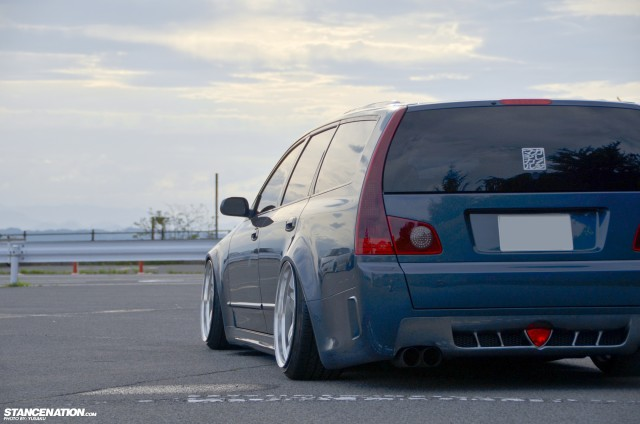 Slammed & Fitted Nissan Stagea M35 (6)