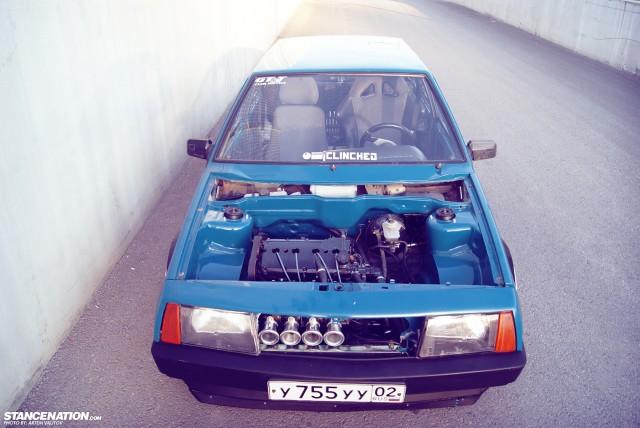 Stanced Russian Lada Samara (11)