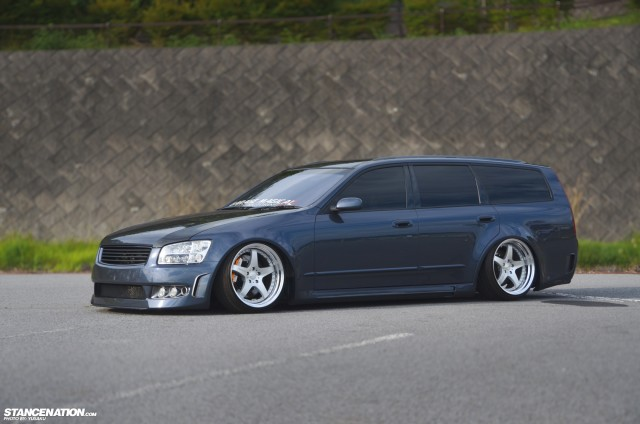 Slammed & Fitted Nissan Stagea M35 (10)