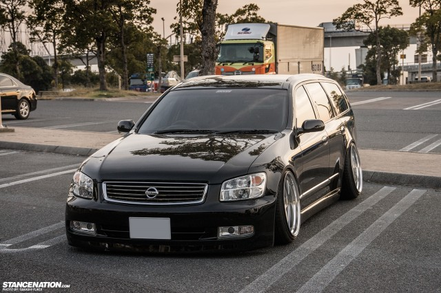 Stanced Nissan Stagea M35 Japan (9)