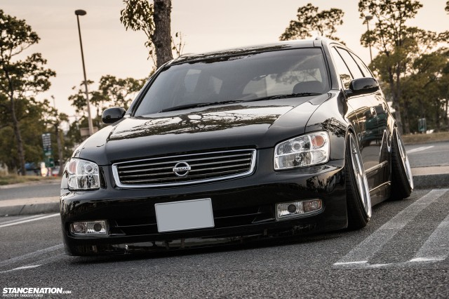 Stanced Nissan Stagea M35 Japan (8)