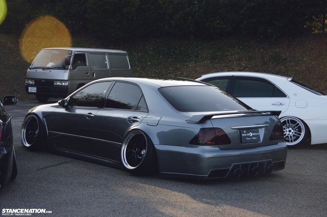 Widebody Custom VIP Toyota Crown (13)
