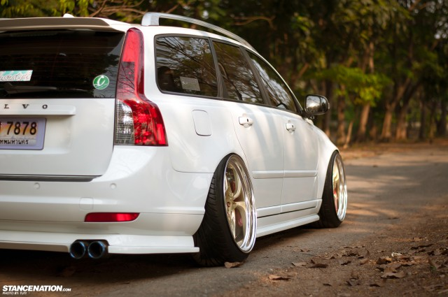 Stanced Flush Volvo V50 Wagon (9)