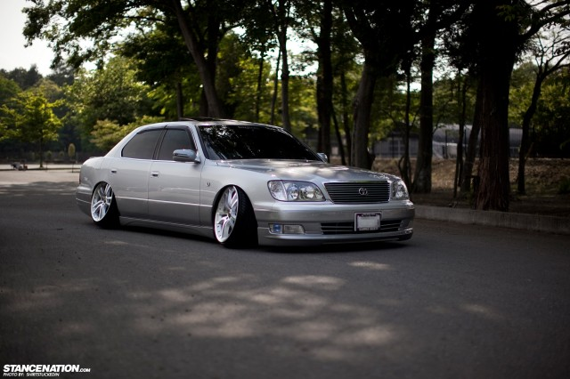 VIP Oni Camber Toyota Celsior (2)