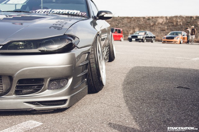Stanced Silvia Nissan S15 (1)