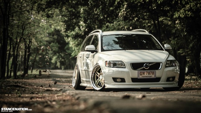 Stanced Flush Volvo V50 Wagon (8)