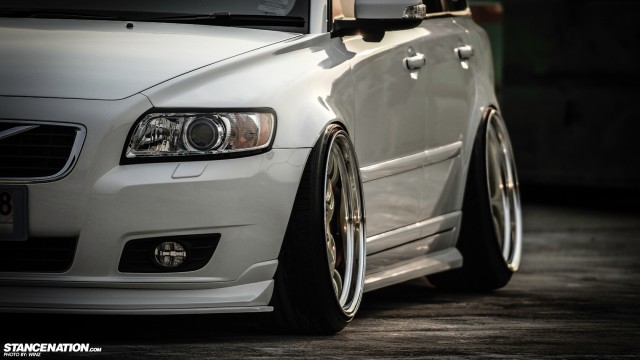 Stanced Flush Volvo V50 Wagon (2)