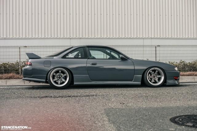Slammed Japanese Nissan Silvia S14 (13)