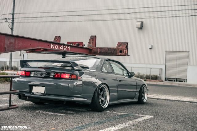 Slammed Japanese Nissan Silvia S14 (11)
