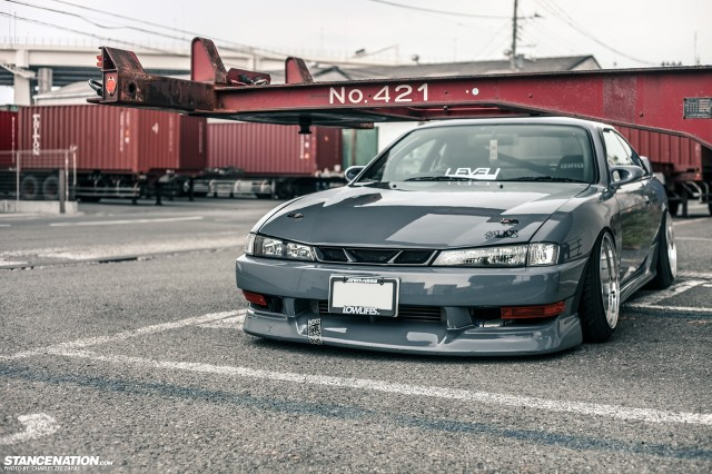 Slammed Japanese Nissan Silvia S14 (10)