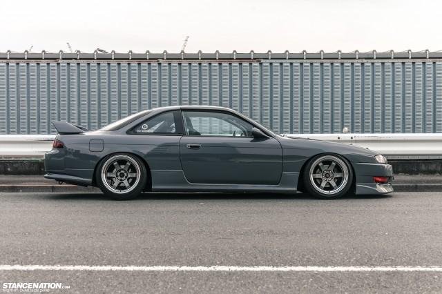Slammed Japanese Nissan Silvia S14 (5)