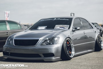 Widebody Custom VIP Toyota Crown (1)