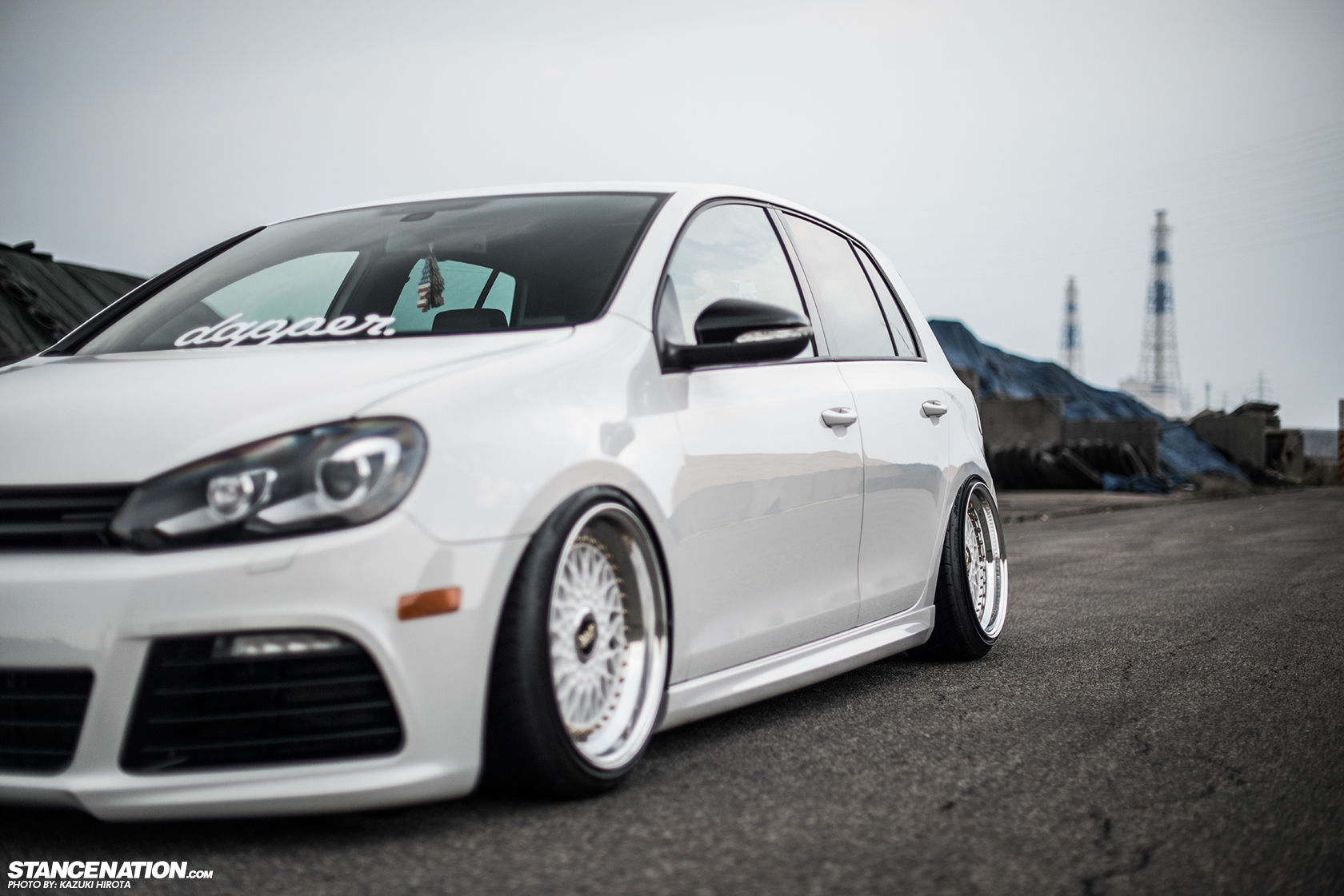 sexy in white yasunobu 39 s usdm style vw golf stancenation form function. Black Bedroom Furniture Sets. Home Design Ideas