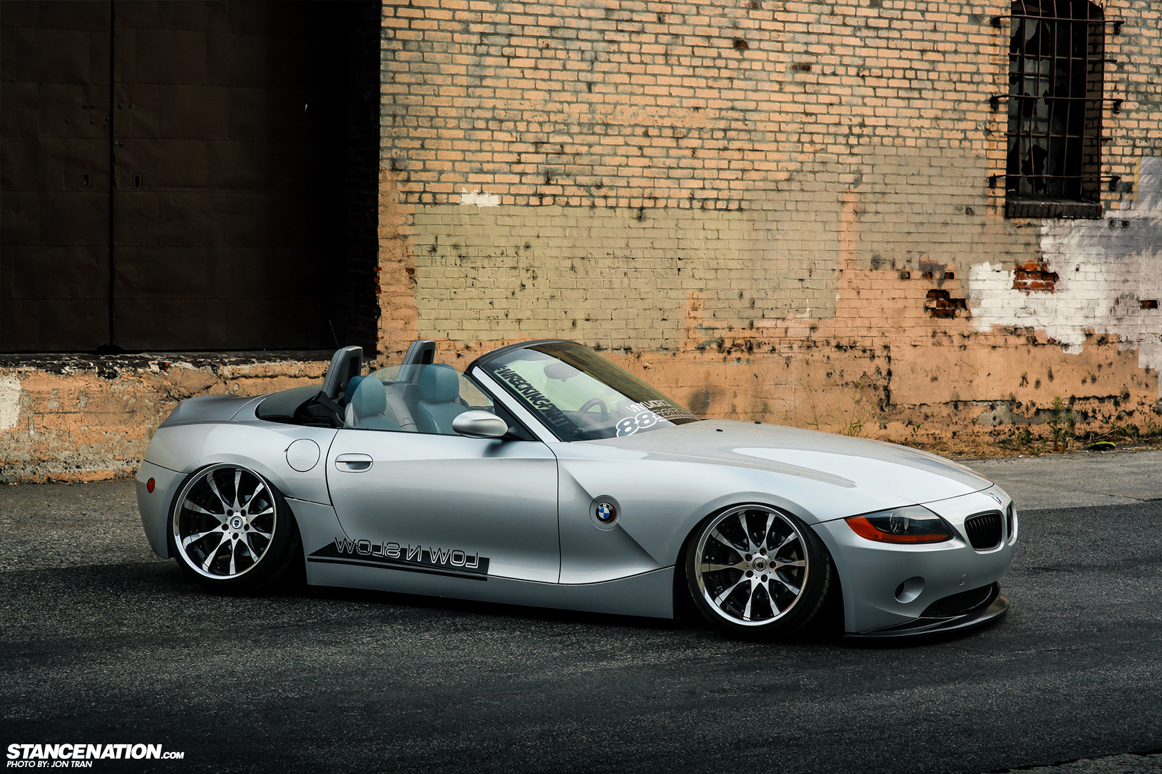 down out low 39 n slow bmw z4 stancenation form. Black Bedroom Furniture Sets. Home Design Ideas