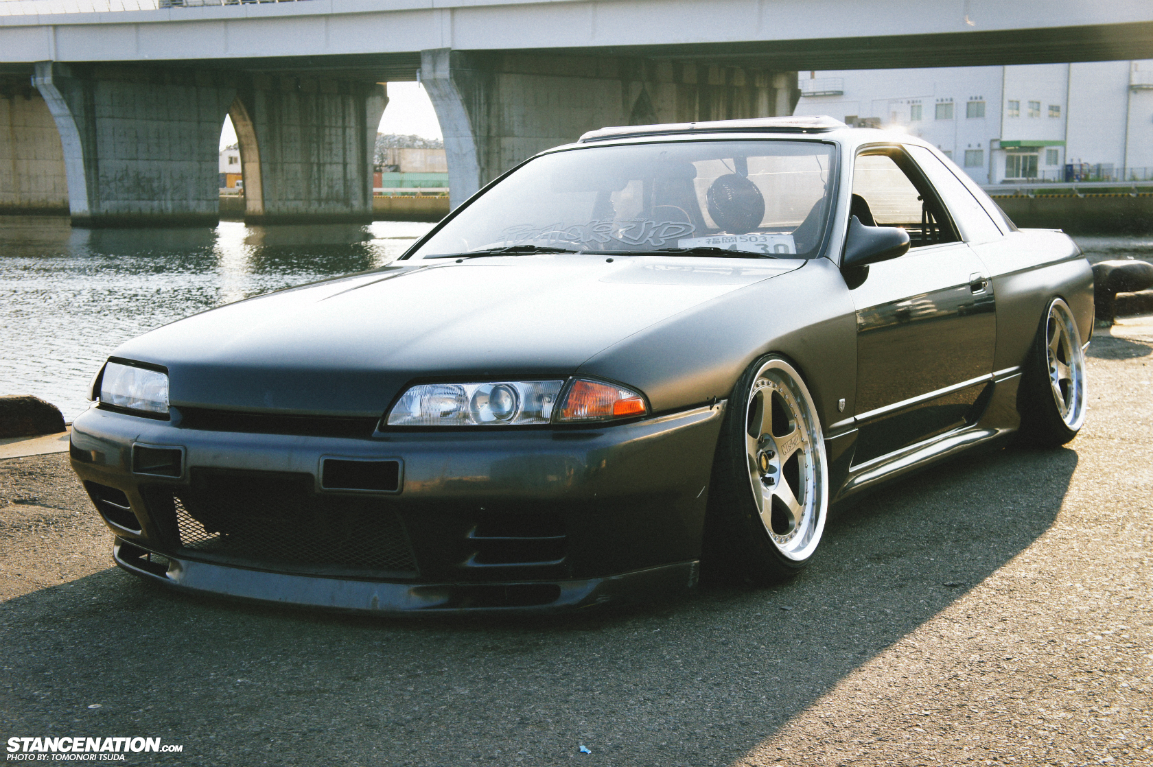 Pics and Vids of the Day  - Page 40 Slammed-drift-r32-from-Japan-5