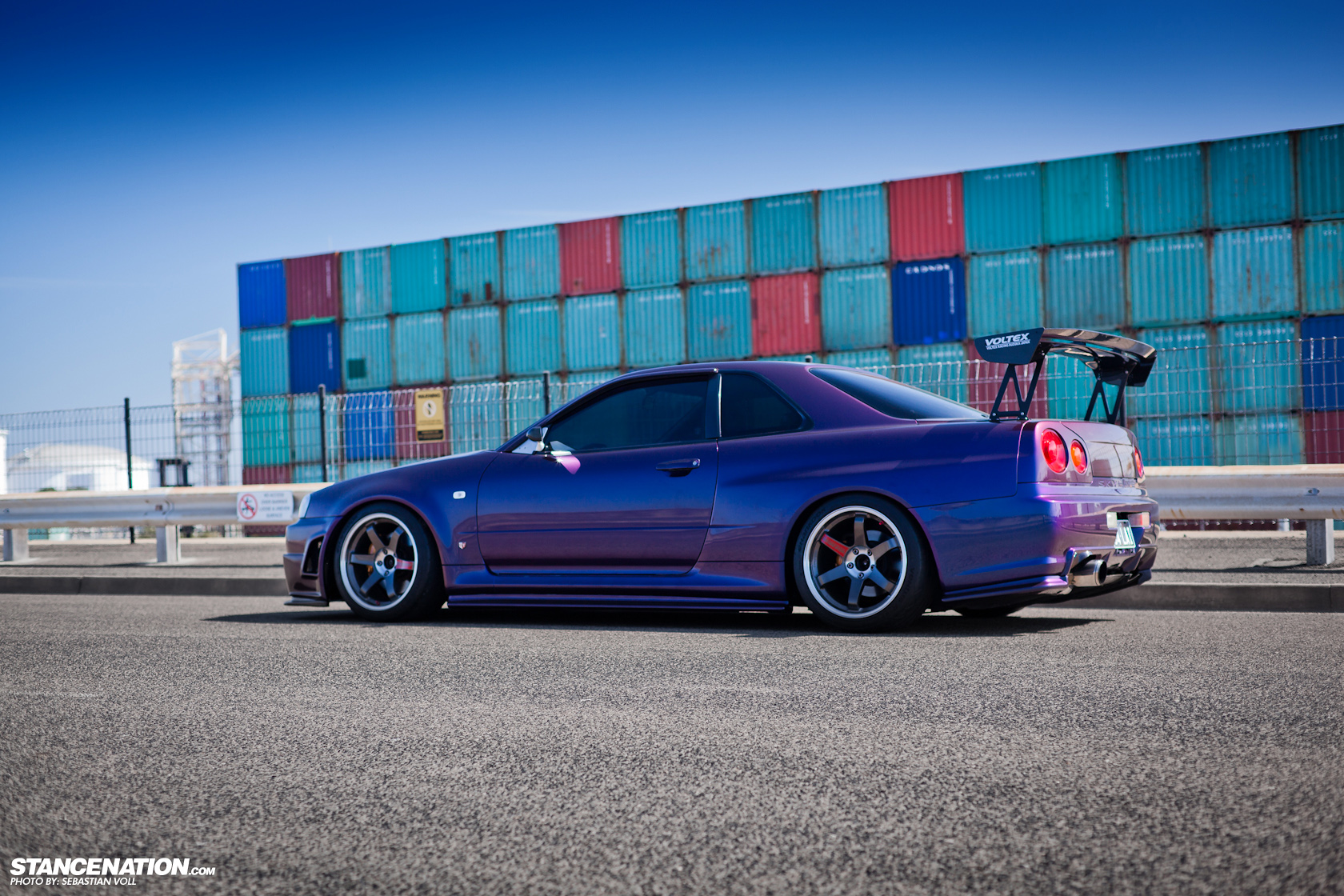 barely legal david 39 s nissan skyline r34 gtr. Black Bedroom Furniture Sets. Home Design Ideas