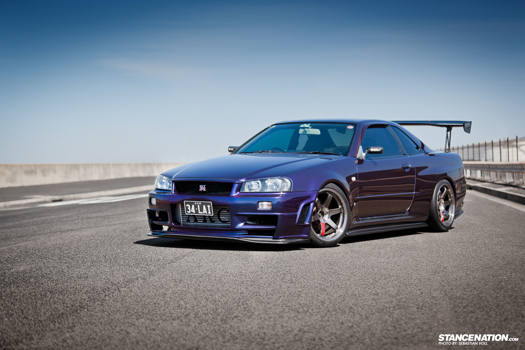 nissan skyline r34 gtr from hell autos post. Black Bedroom Furniture Sets. Home Design Ideas