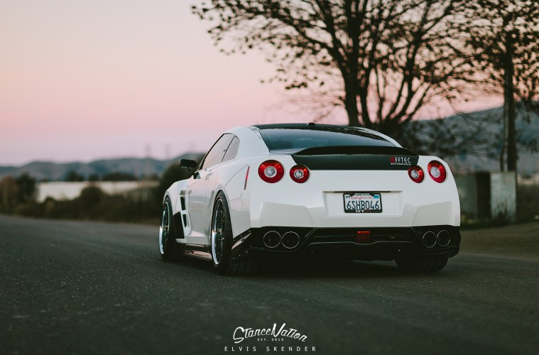 nissan-gtr-amuse-wide-stance-13