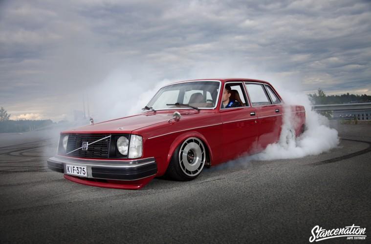 2JZ Volvo Slammed-13