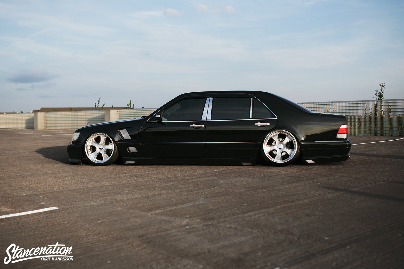 Minnesota masterpiece macaulay 39 s vip styled s500 benz for Mercedes benz vip club black leather