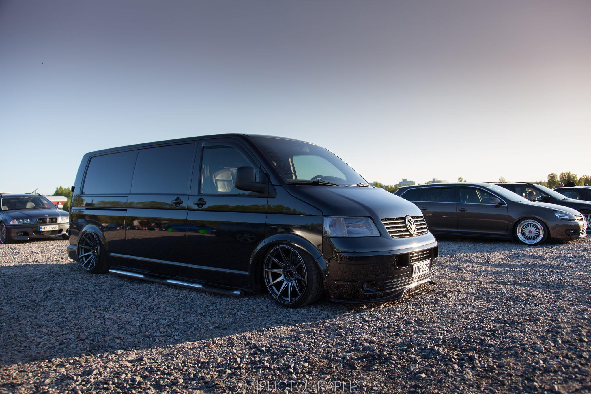 Crazy slammed van!   StanceNation™ // Form > Function