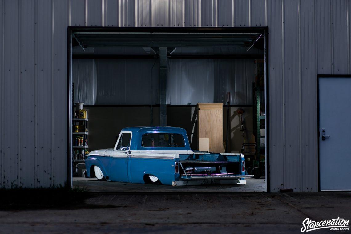 Slammed Ford F100-25