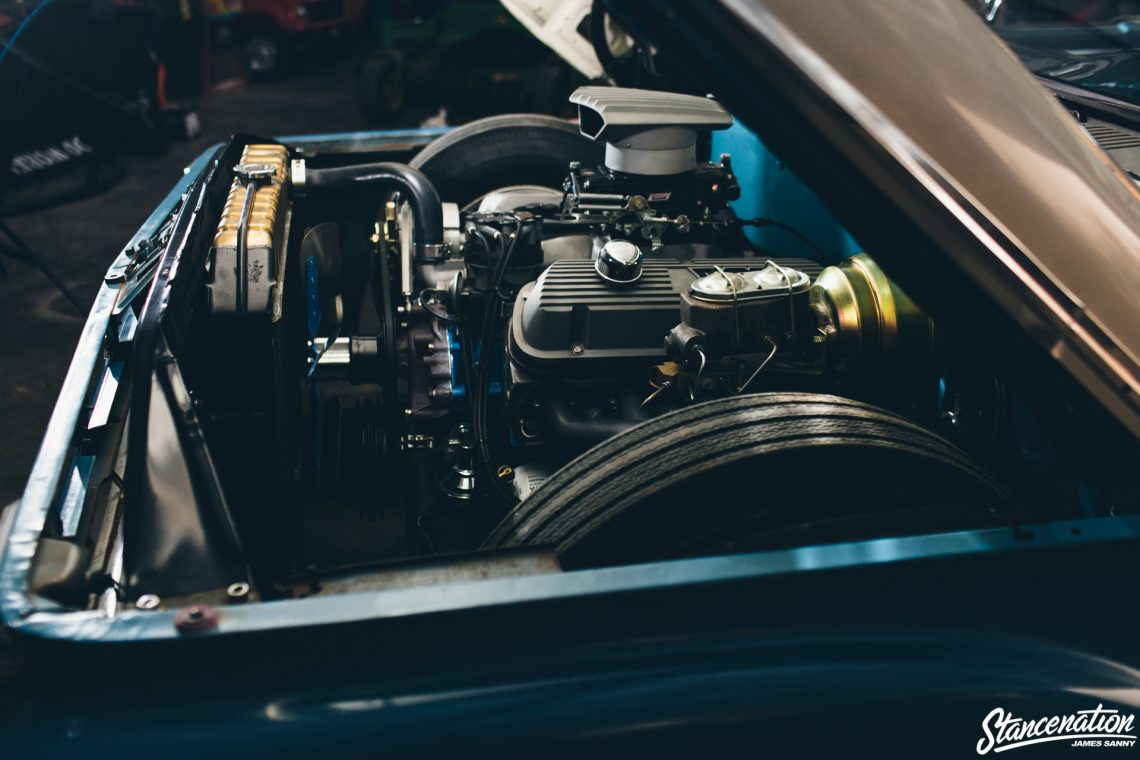 Slammed Ford F100-28