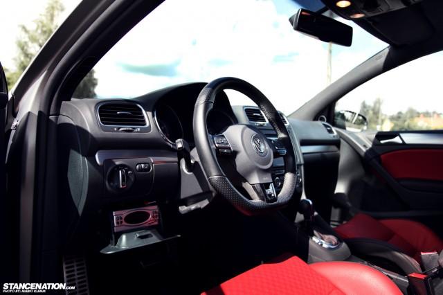 Stanced Volkwagen Golf GTI (14)