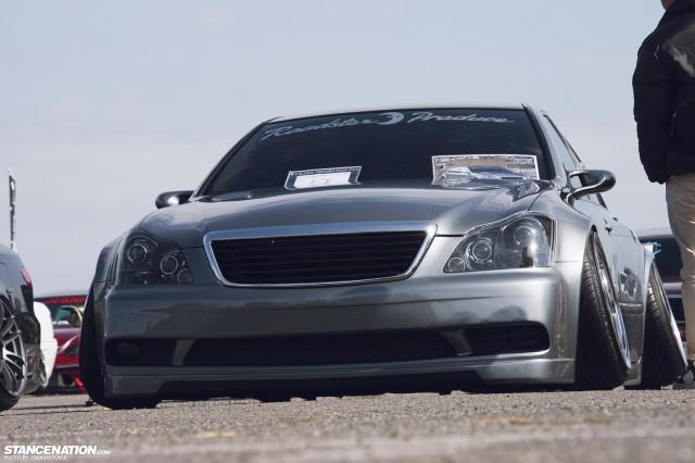 Widebody Custom VIP Toyota Crown (10)