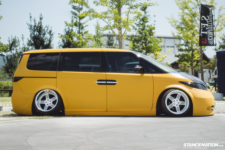 Honda-Elysion-stanced-flush-camber-1 - StanceNation ...