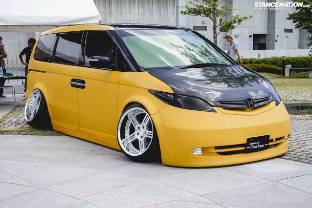 Honda-Elysion-stanced-flush-camber-13