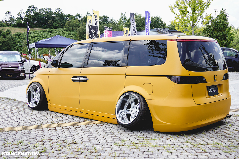 Honda-Elysion-stanced-flush-camber-8 - StanceNation ...
