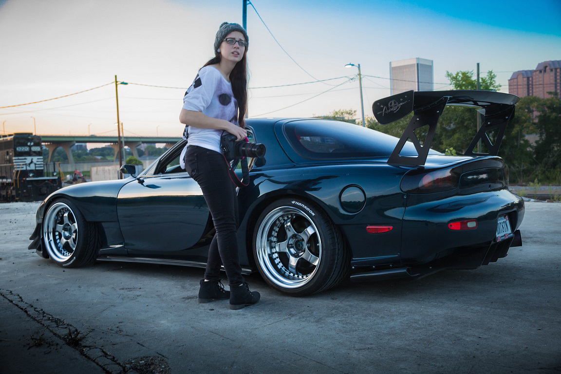 Girls Who Are Into Cars Amp Photography We Love