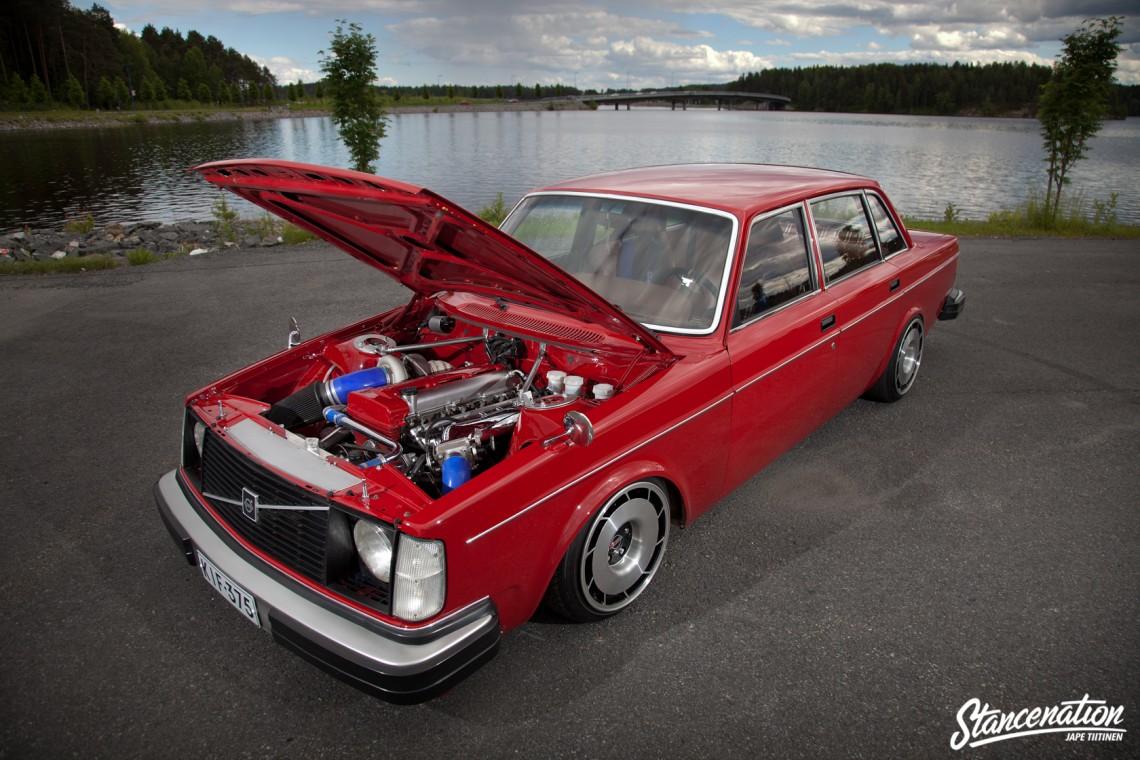 2JZ Volvo Slammed-3