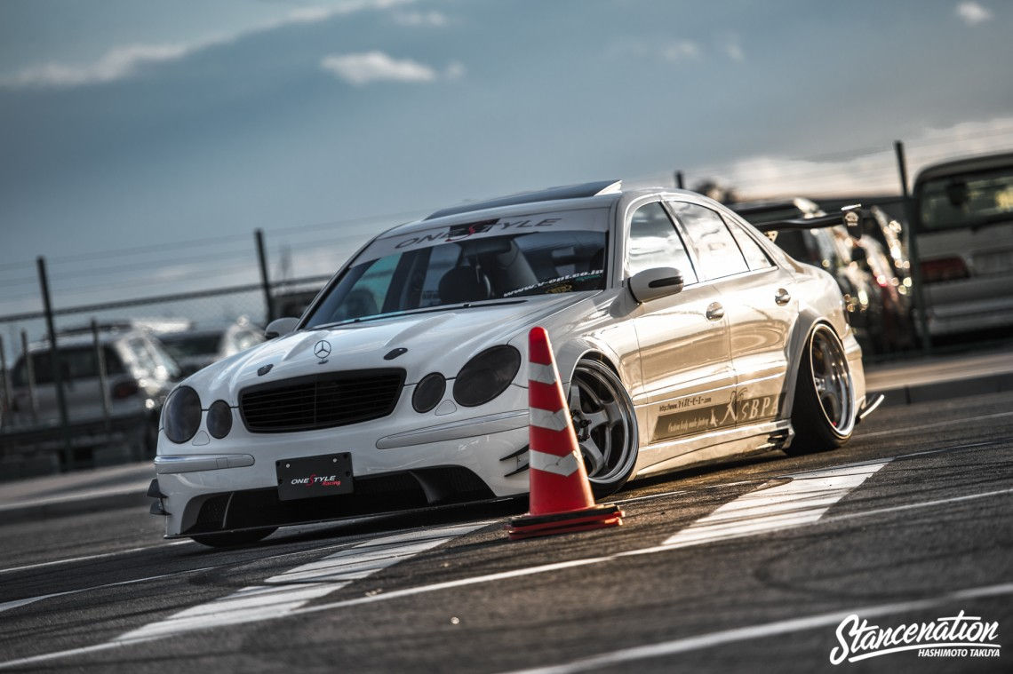 Aggressive Mercedes Benz E Class-45